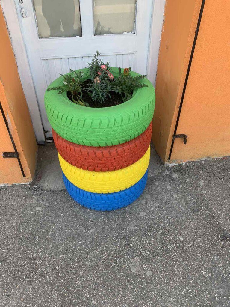 Kerti dekoráció az újrahasznosítás jegyében